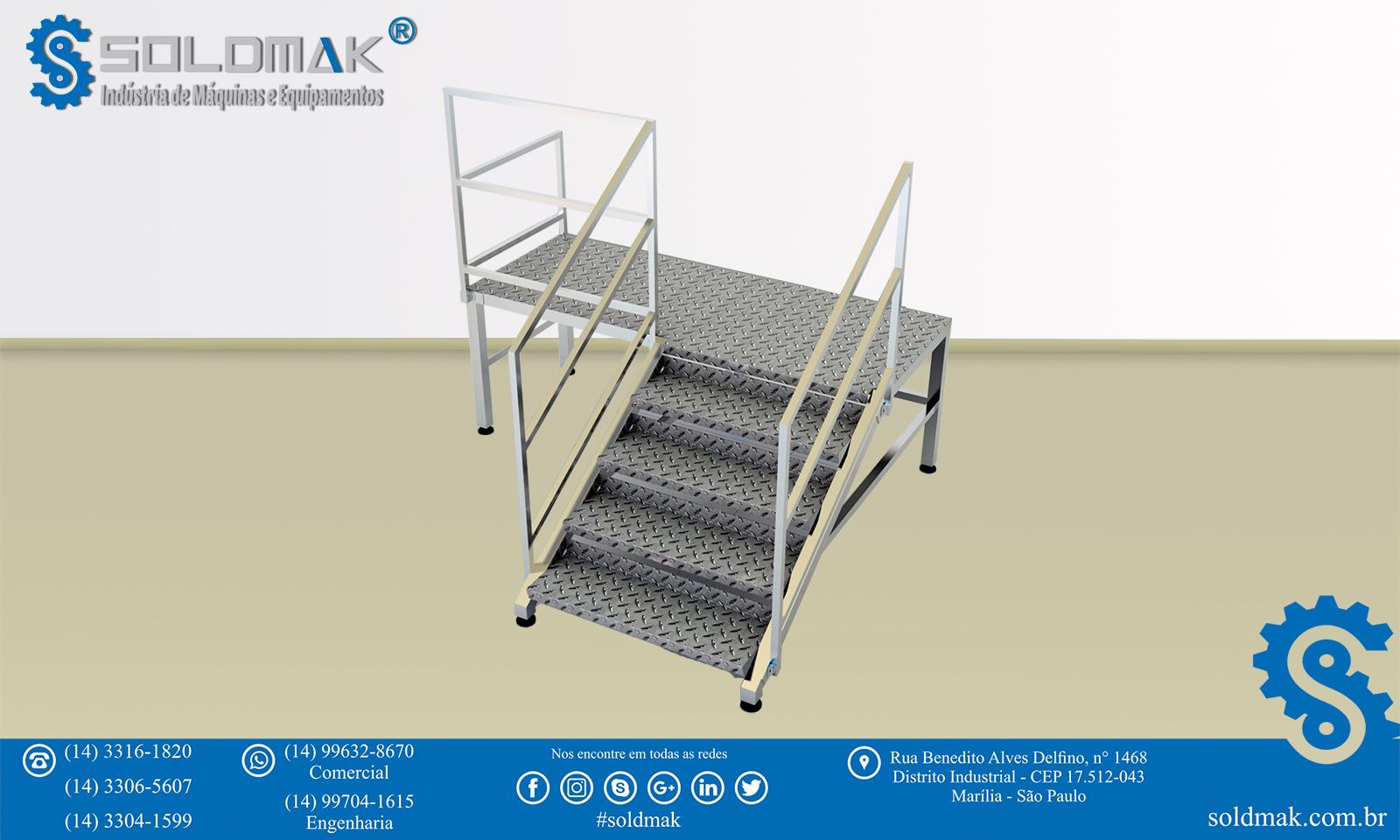Escada Fixa com Patamar